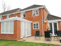 Finchampstead-LivinRoom-exterior-crown-conservatories